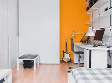 ENJOY STUDIO APARTMENT LIVING WITH SELF STORAGE