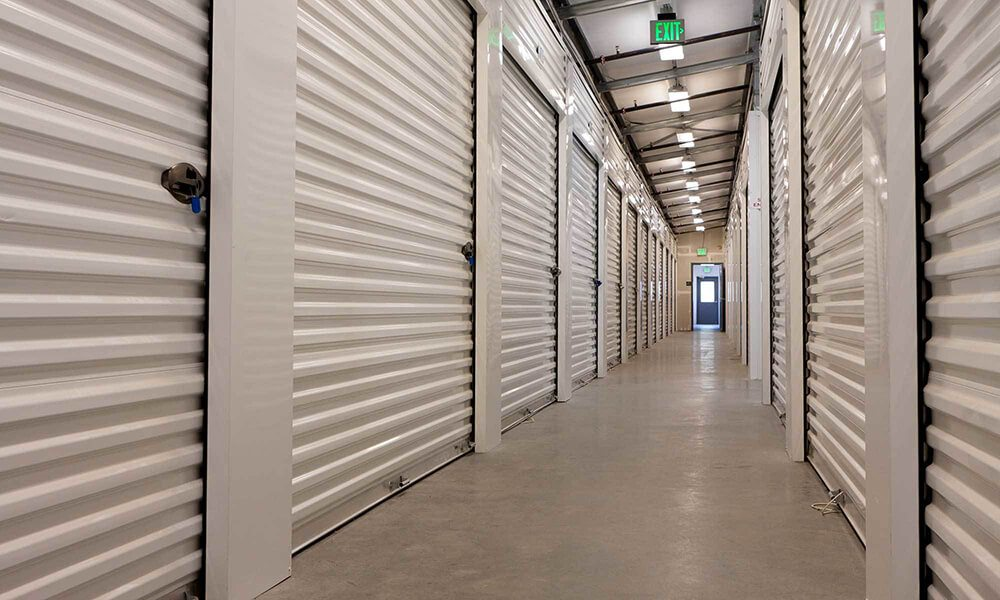 Use Northern Beaches Storage to Live Minimally | EJ Shaw Storage